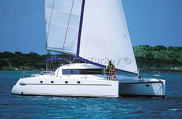 BT-F403 Catamaran Charter Marmaris | Belize 43 Maestro For Rent | image 11