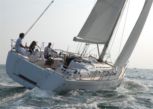 Dufour 445. BT-X302